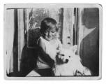 Lwów, Jędrek w wieku dziecięcym razem z psem