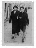 Warszawa, pani Wojdatowa (guwernantka Rozalii Eizenman) i Jędrek Vincenz