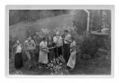 Bystrzec, Wala Białostocka, Jan Białostocki, Ihor Szewczenko, Basia Vincenz, Czesia Sulewska, Stanisław, Jędrek i Irena Vincenzowa