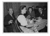 Berno, w drugim rzędzie: Barbara i Kazimierz Vincenz