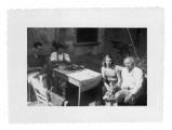 La Combe, La Chapelle. Andrzej i Irena Vincenz, pani Smiga, Stanisław Vincenz