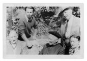 La Combe, La Chapelle. Inżynier Klein, Dante Elsner, ksiądz Colombet, Stanisław i Irena Vincenzowie