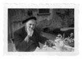 La Combe, La Chapelle. Stanisław Vincenz na tarasie państwa Boussant-Roux