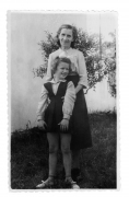 Argentyna, Maria Wojciechowska (z domu Vincenz) ze swoją wnuczką Bajką (Barbarą)